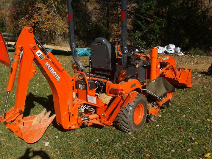 9 ft kubota backhoe vs others? - OrangeTractorTalks