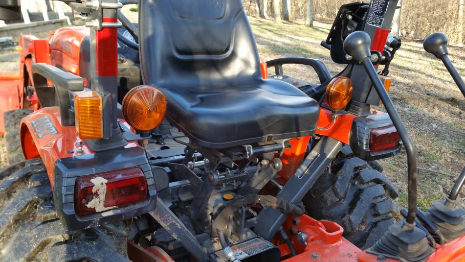 Rotating the seat on L3901 - Page 2 - OrangeTractorTalks