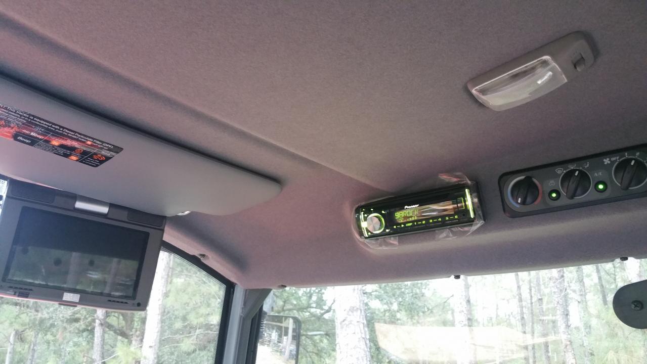 Radio and Camera addition to M7060 Cab - OrangeTractorTalks ... on