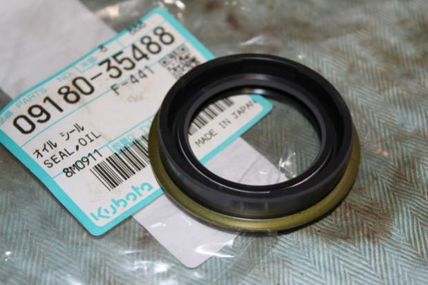 B7100 rear PTO seal replacement - OrangeTractorTalks - Everything Kubota