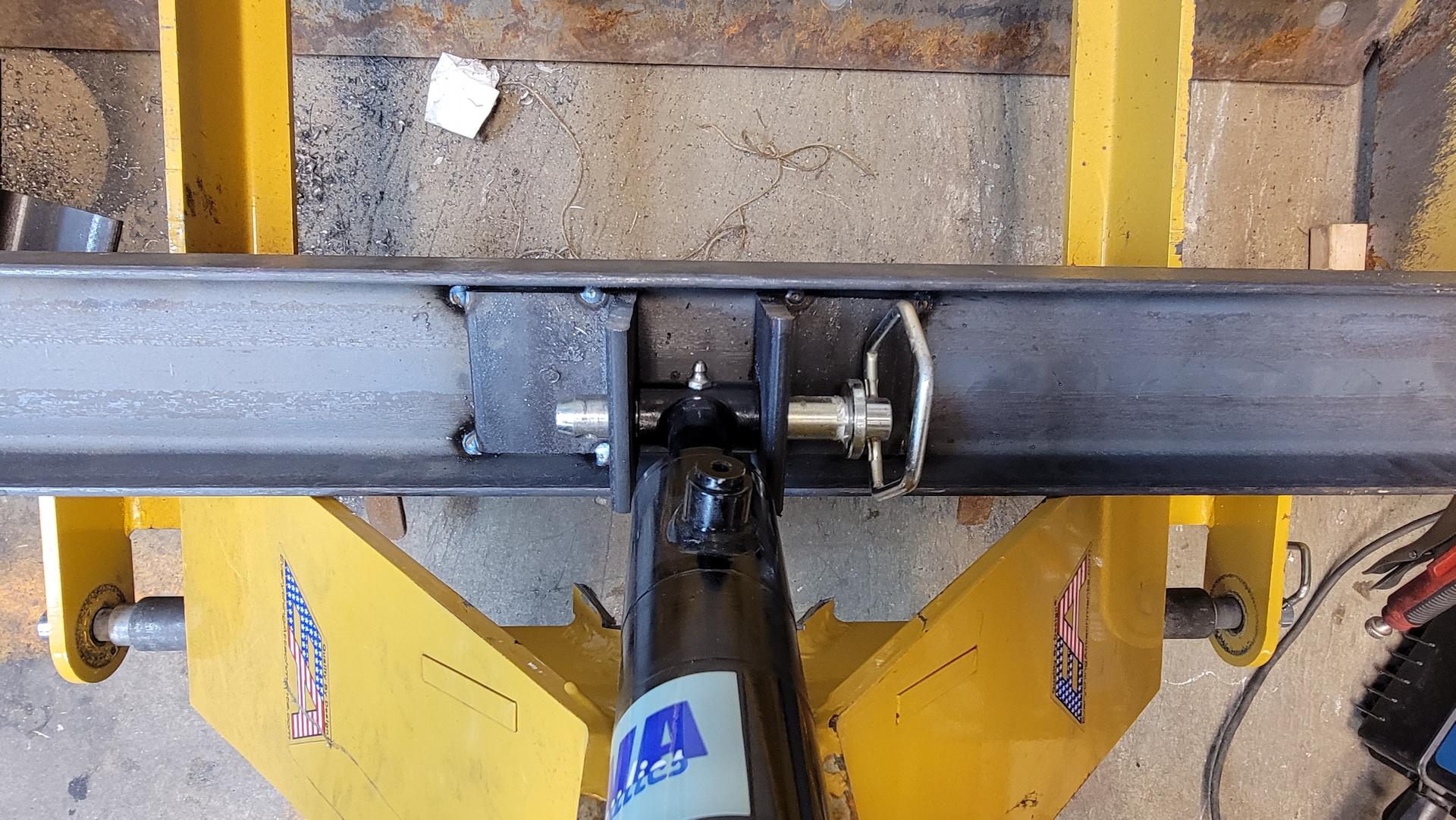 box-piston-mount.jpg