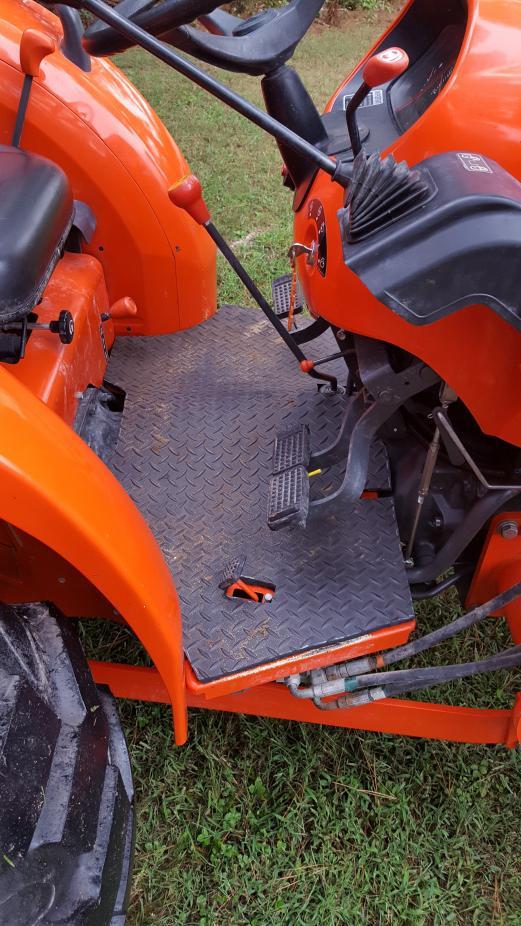 Newer Floor Mat For Quot Older Quot Bx25 Orangetractortalks