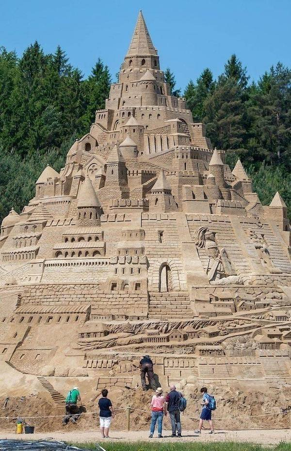 sand castle.jpeg