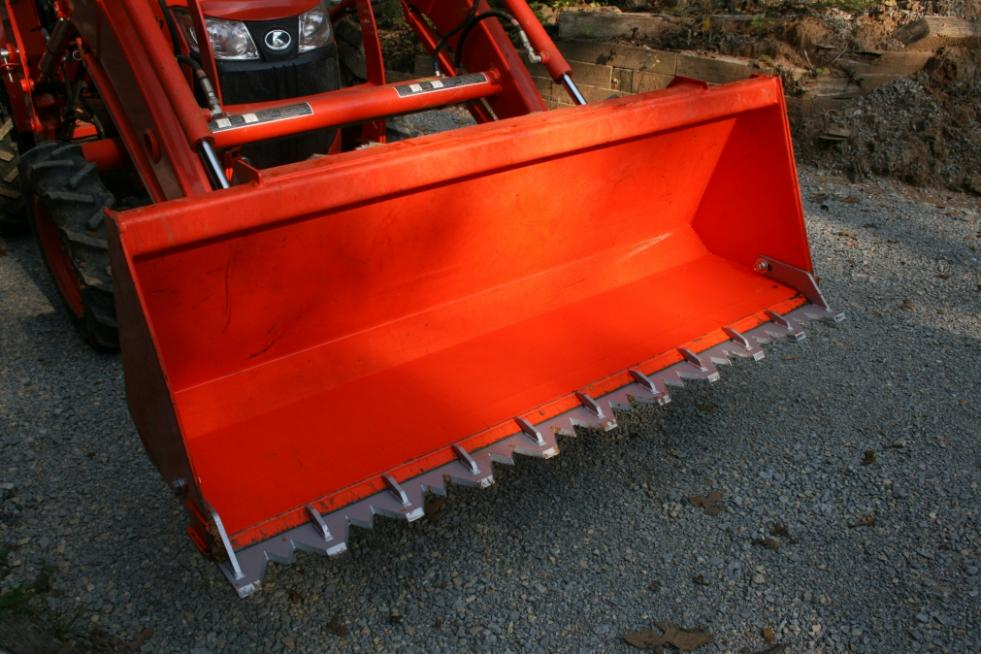 Piranha tooth bar install - OrangeTractorTalks - Everything Kubota