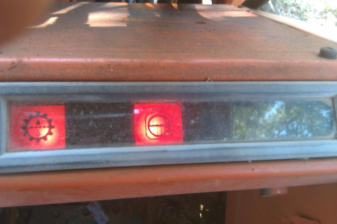 Can Anyone Tell Me What These Warning Lights Mean Orangetractortalks Everything Kubota