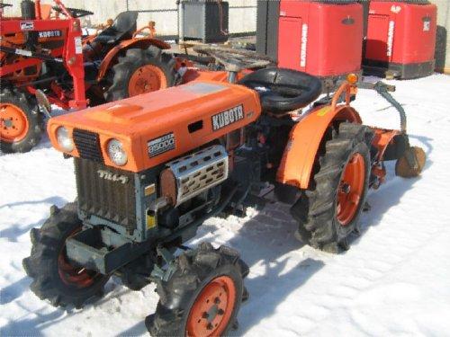 Kubota Front Tires : Orangetractortalks kubota tractor tips classifieds