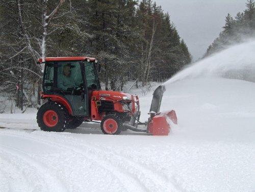 B3030 Snow Blowing