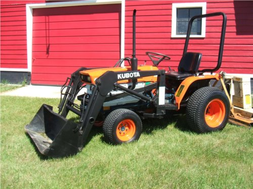 Kubota B6200 Front Axle : How to remove a front end loader orangetractortalks
