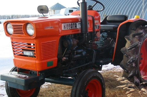A restored Kubota gray market L1500.