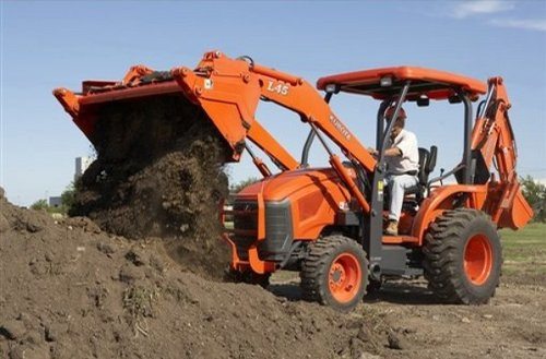 Kubota's new L45 replaces the outgoing L48 which was discontinued last year.